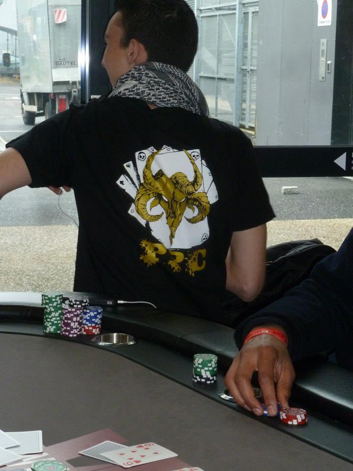 Joueur du Poker Pays de Cornouaille club de poker de Quimper et du Finistère