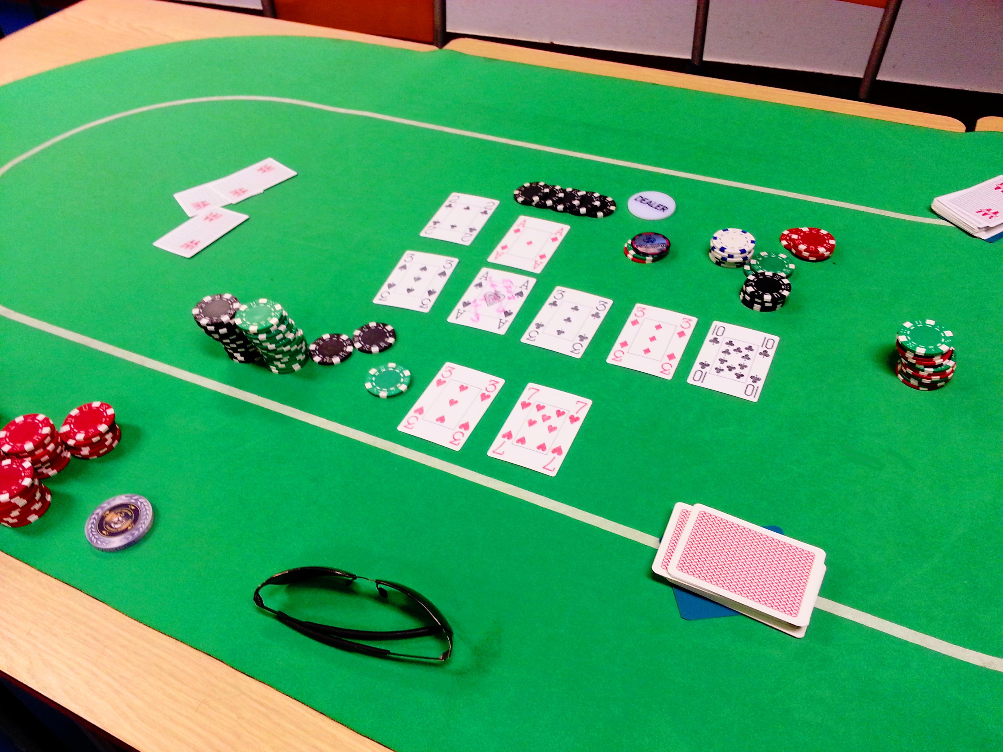 Gagner des tournois de poker à Quimper - Guisang on the place